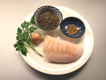 Ingredients of Cod with Lentils, Cilantro and Parsley © cadwu