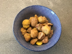 Cooked and twice peeled Chestnuts © cadwu