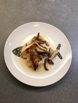 Haddock with Shiitake and White Wine sauce © cadwu
