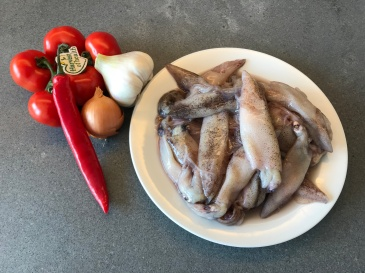 Squid, Tomatoes, Chilli, Shallot and Garlic © cadwu
