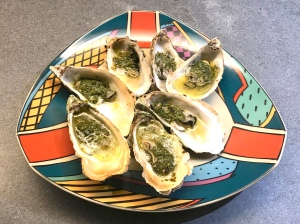 Oysters with Tarragon Ready to be Served © cadwu