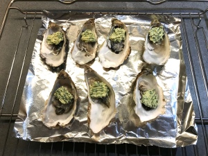 Oysters with Tarragon Ready to be Grilled © cadwu
