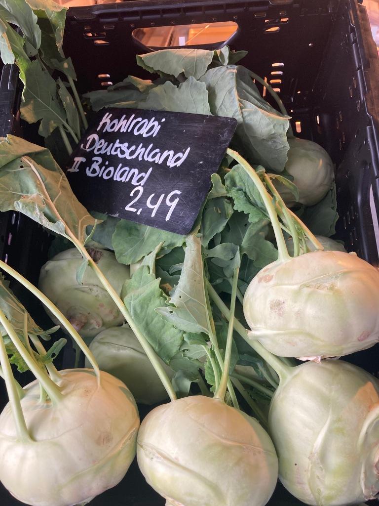 Fresh Kohlrabi on the Market ©cadwu