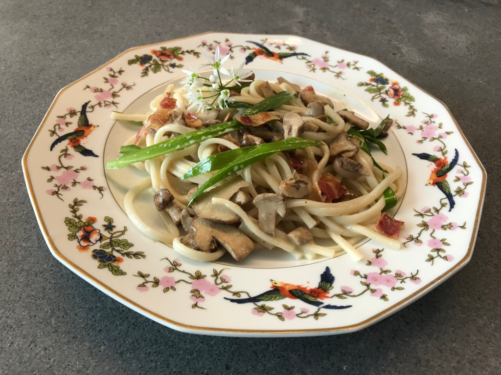 Saint George's Mushroom with Pasta ©cadwu